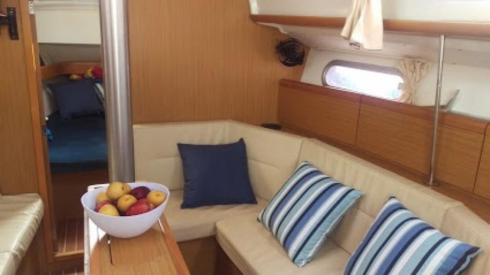 Boat rental Jeanneau Sun Odyssey 36i in Cartagena on Samboat
