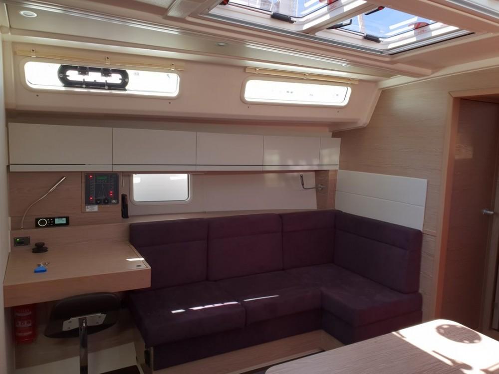 Boat rental Hanse Hanse 458 in  on Samboat