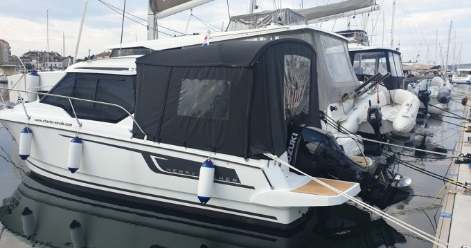 Jeanneau Merry Fisher 795 between personal and professional Biograd na Moru