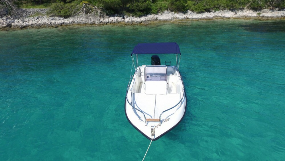 Hire Motor boat with or without skipper Mlaka Sport Primorsko-Goranska Županija