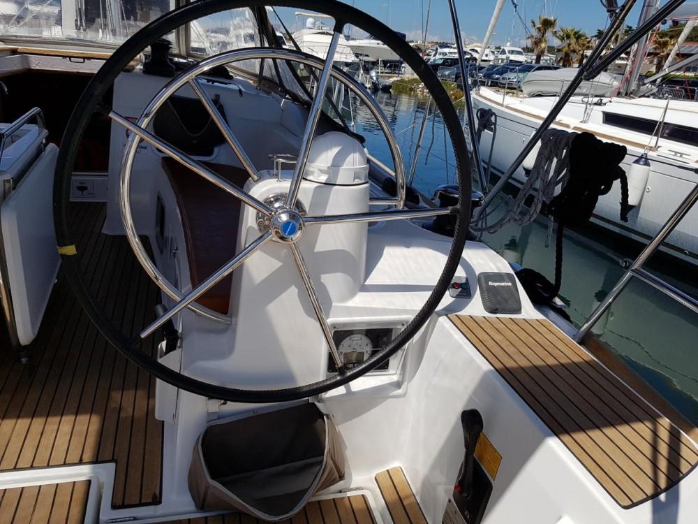 Boat rental Jeanneau Sun Odyssey 469 in Croatia on Samboat