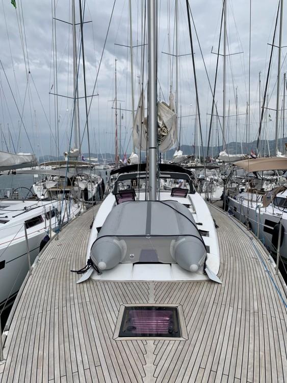 Boat rental Bénéteau Sense 55 in Croatia on Samboat