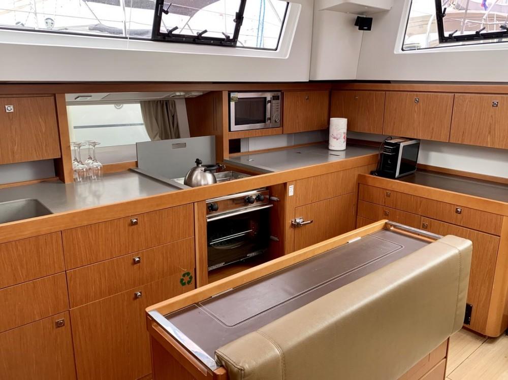 Rental yacht Croatia - Bénéteau Sense 55 on SamBoat