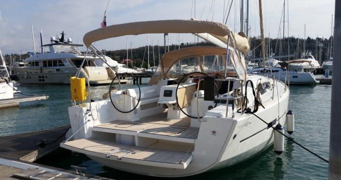 Rental yacht Punat - Dufour Dufour 410 GL on SamBoat
