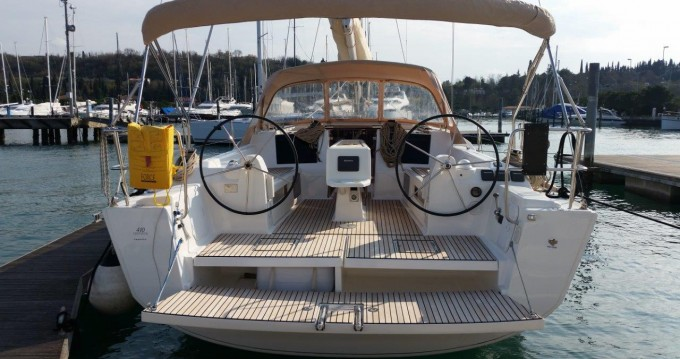 Boat rental Dufour Dufour 410 GL in Punat on Samboat