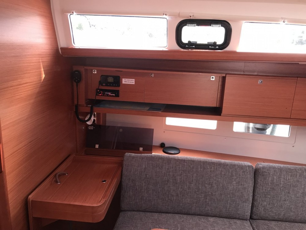 Rental Sailboat in  - Dufour Dufour 460 GL - 5 cab.