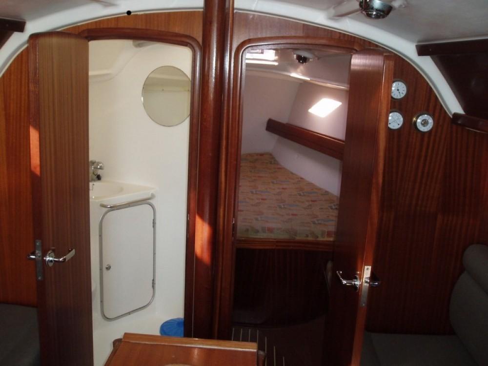 Rental Sailboat in Croatia - Bavaria Bavaria 34