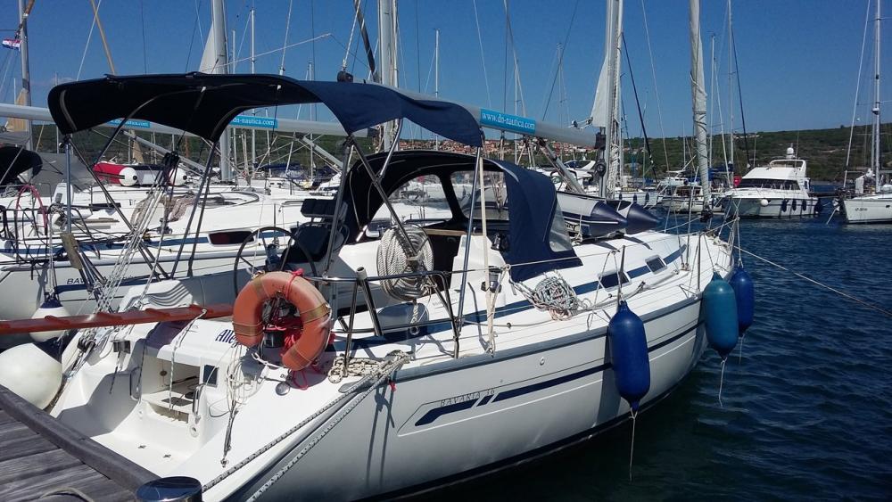 Boat rental Bavaria Bavaria 36 in Croatia on Samboat