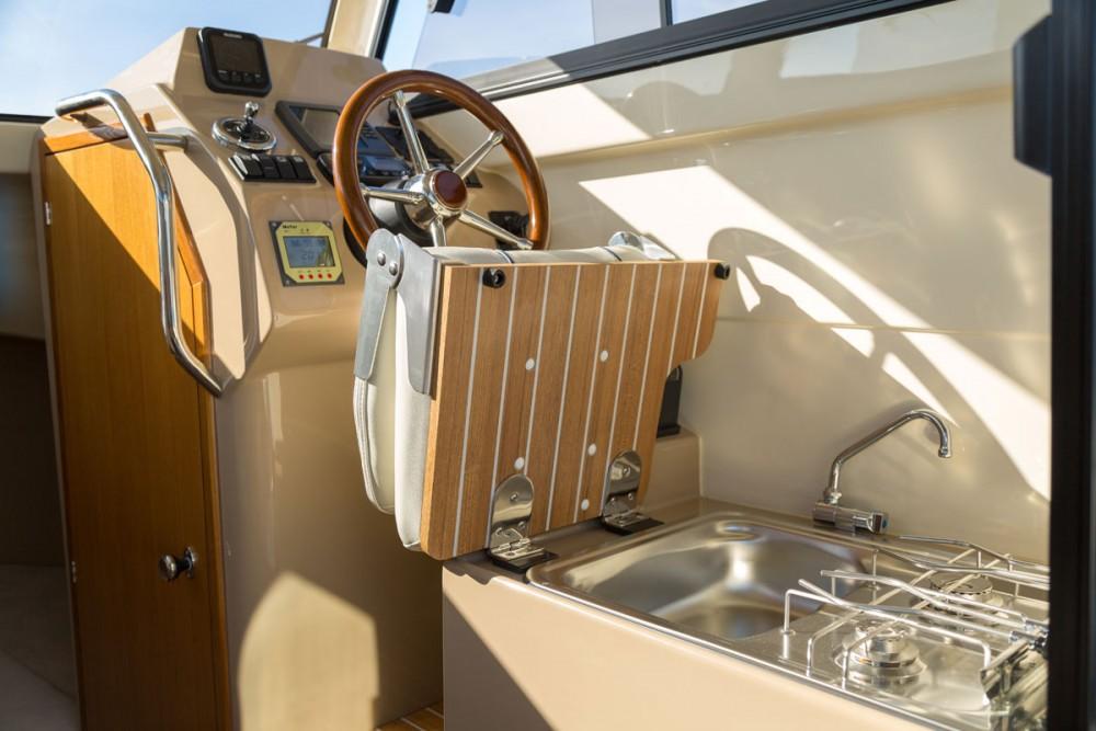 Boat rental Croatia cheap Leidi 660
