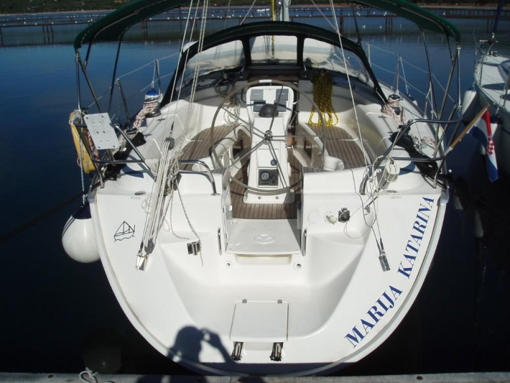 Boat rental Bavaria Bavaria 38 in Croatia on Samboat