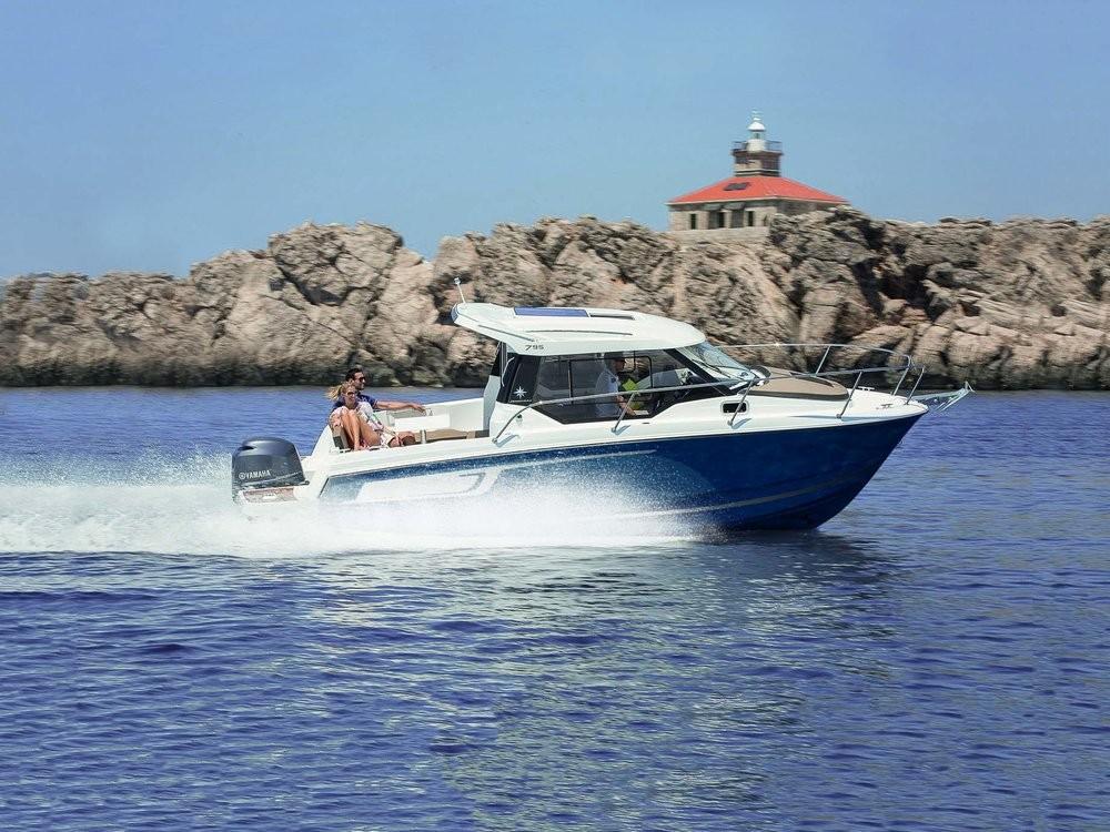 Boat rental Jeanneau Merry Fisher 795 Legend in Croatia on Samboat
