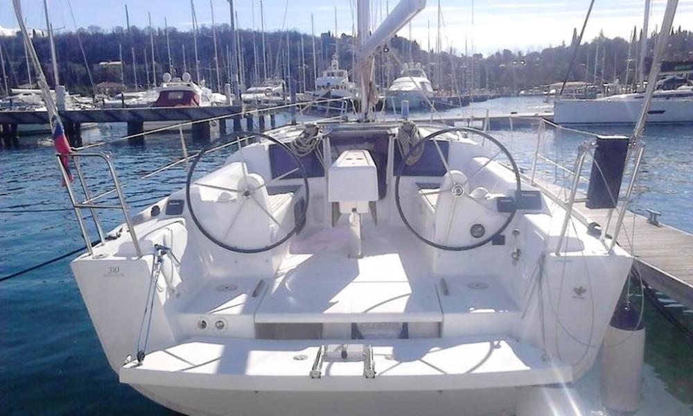 Rental yacht Croatia - Dufour Dufour 310 Grand Large on SamBoat