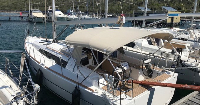 Boat rental Punat cheap Dufour 360 Grand Large