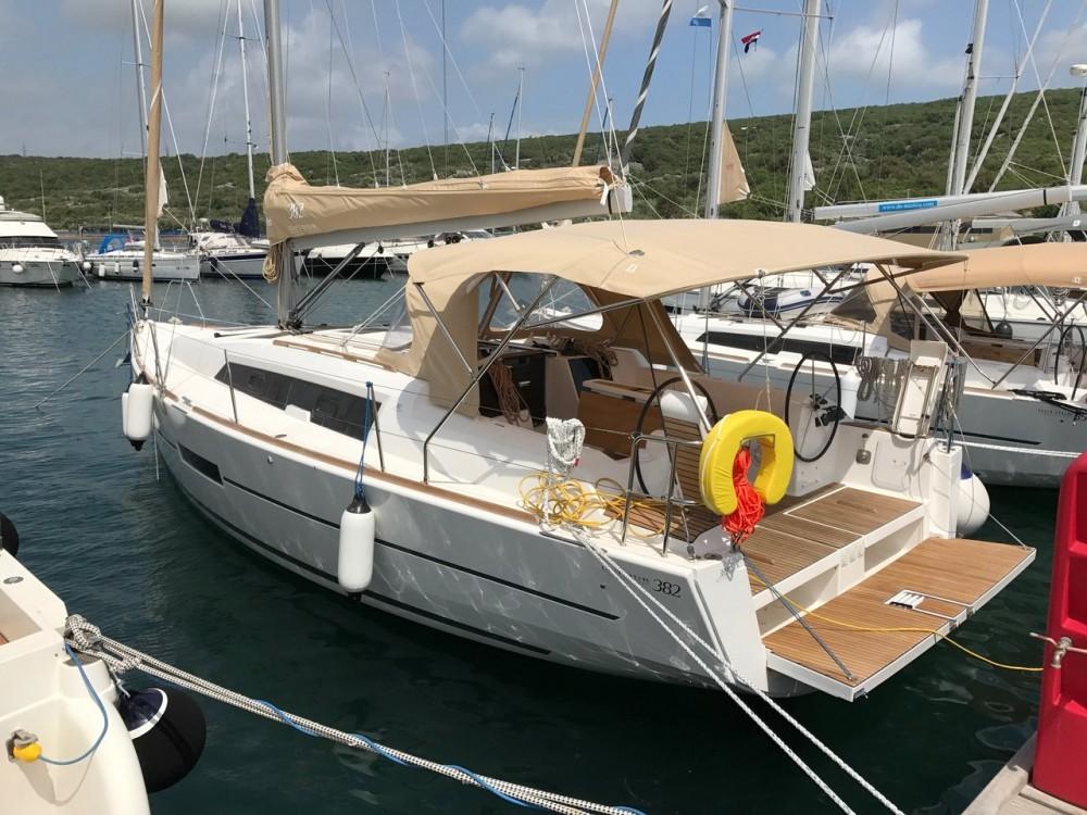 Rental Sailboat in Croatia - Dufour Dufour 382 Grand Large