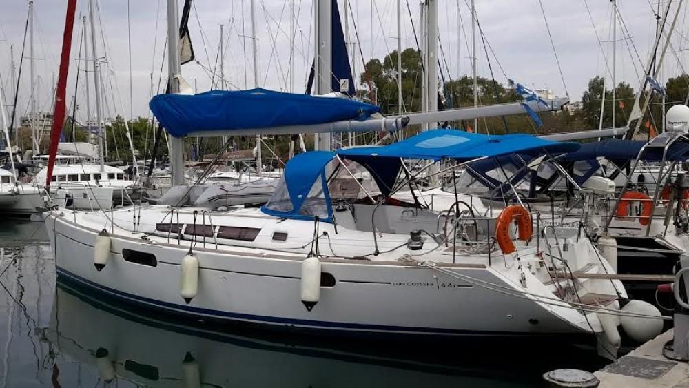 Rent a Jeanneau Sun Odyssey 44i Peloponnese