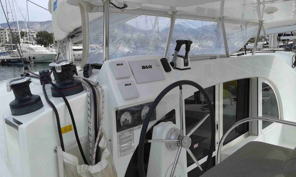 Rental yacht Peloponnese - Lagoon Lagoon 380 S2 - 4 + 2 cab. on SamBoat