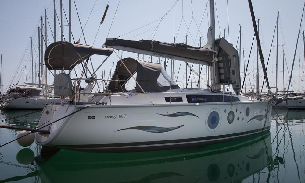 Rental yacht Croatia - Bavaria Easy 9.7 on SamBoat