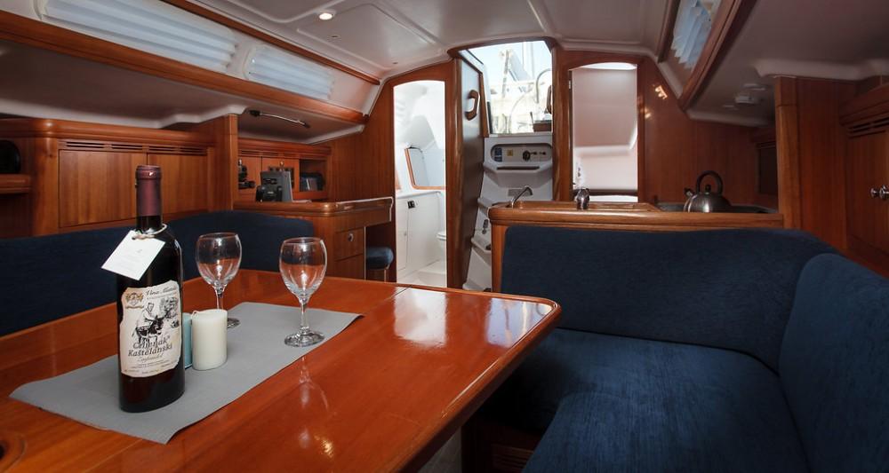 Boat rental Croatie cheap Elan 333