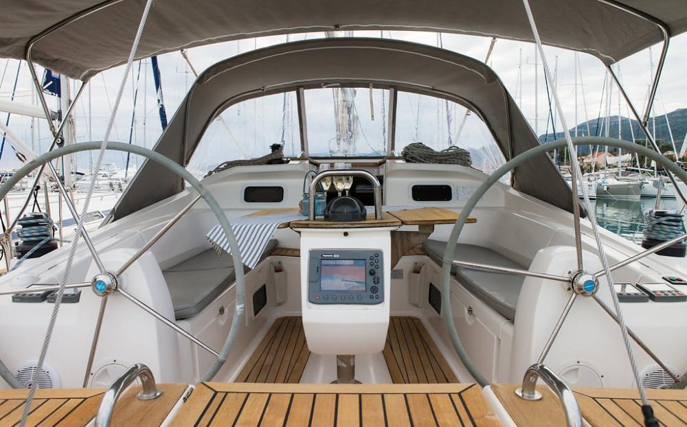 Boat rental Croatia cheap Elan 434