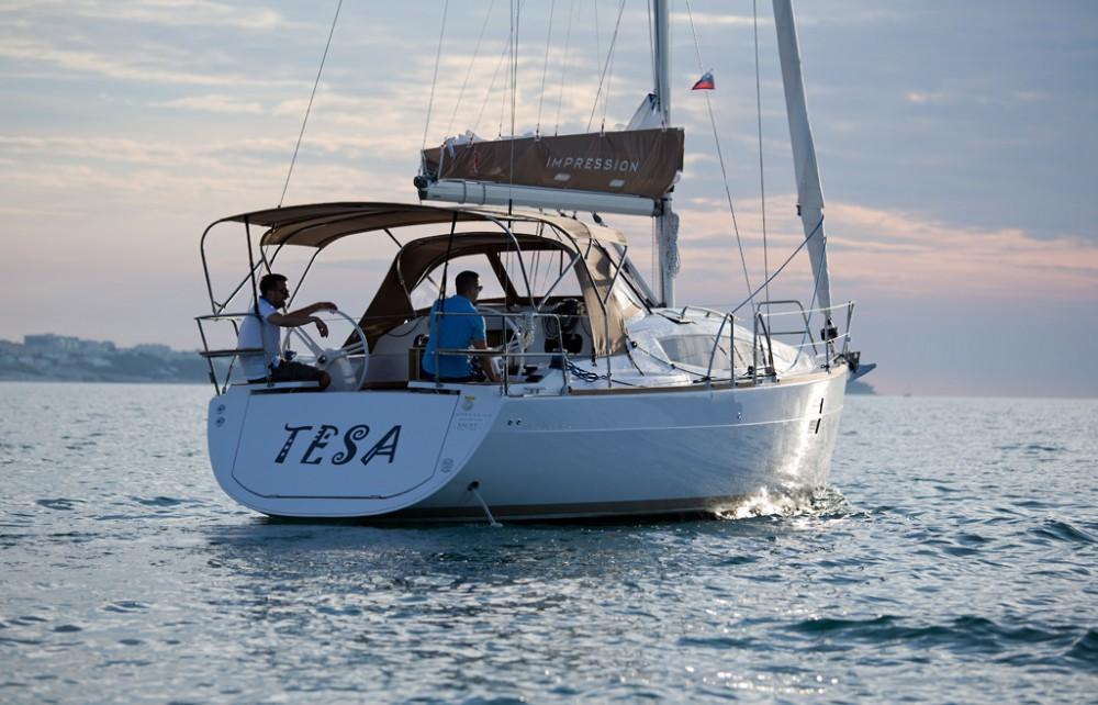 Rental Sailboat in Croatie - Elan Elan Impression 35