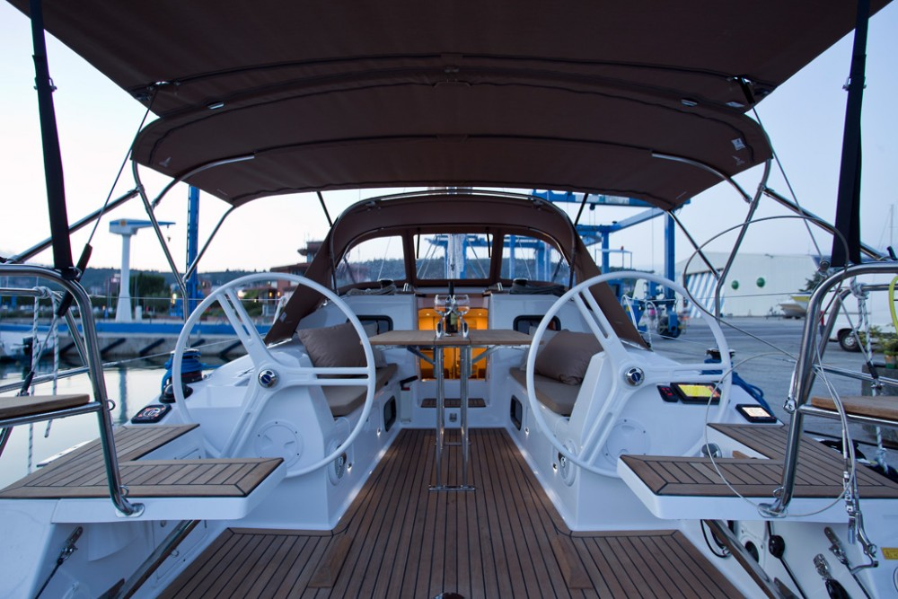 Sailboat for rent Croatie at the best price