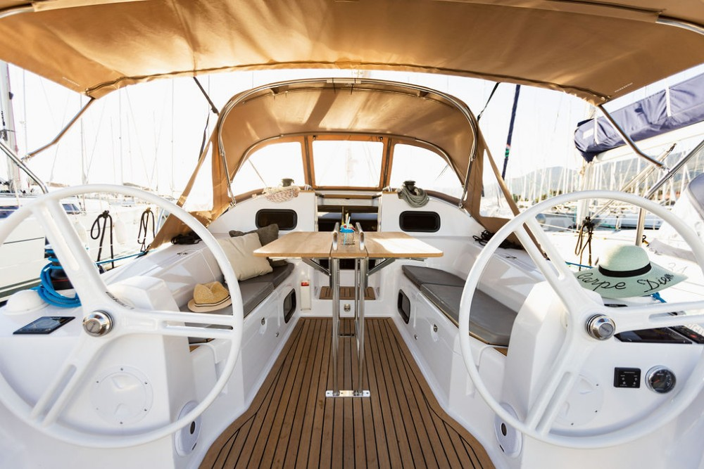 Hire Sailboat with or without skipper Elan Croatia