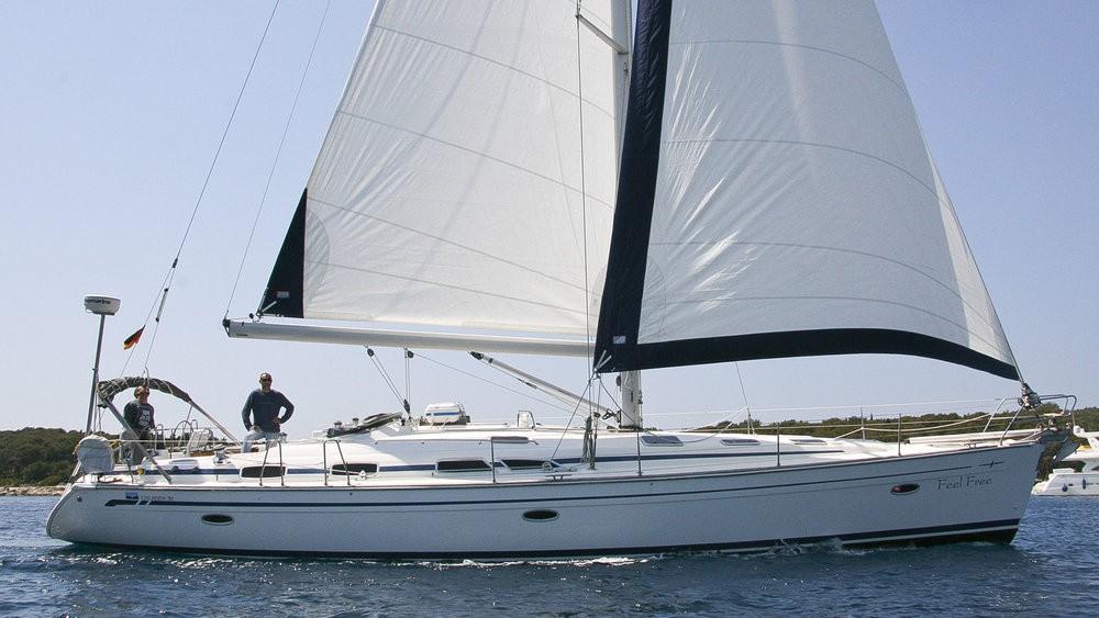 Rent a Bavaria Cruiser 51 Grad Pula