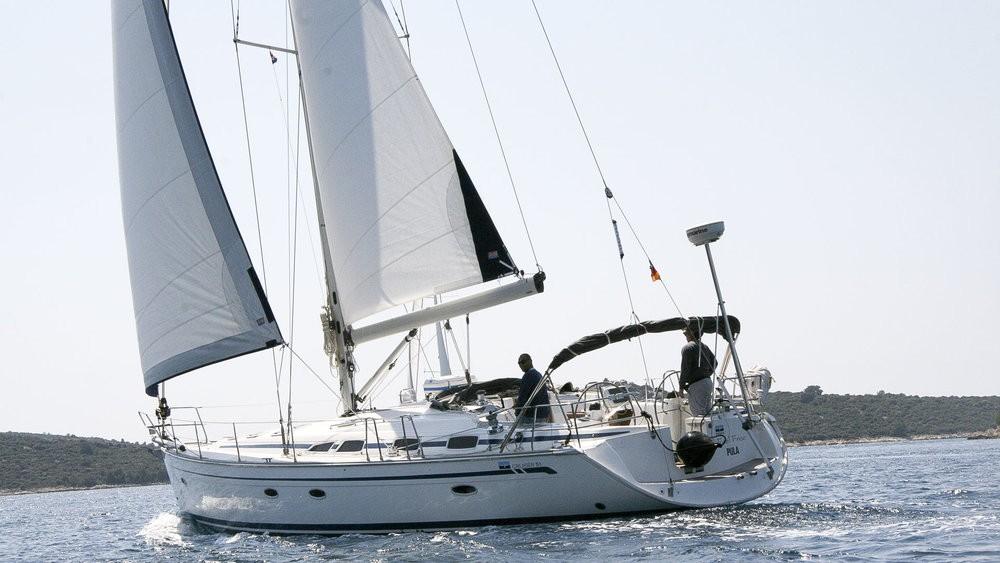 Rental Sailboat in Grad Pula - Bavaria Cruiser 51