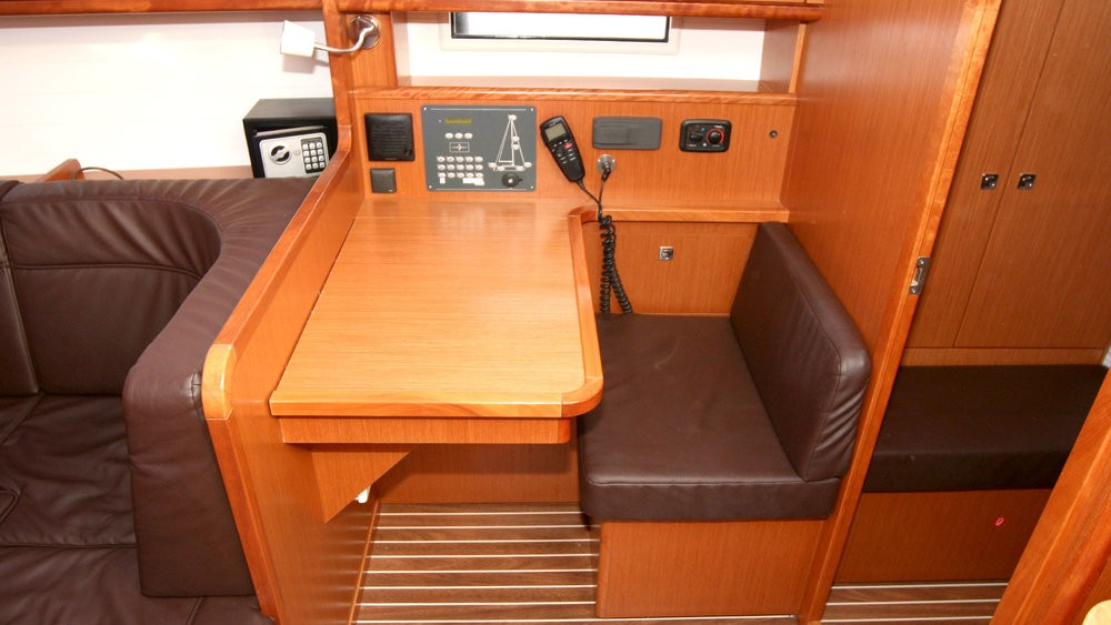 Bavaria Cruiser 41 between personal and professional Grad Pula