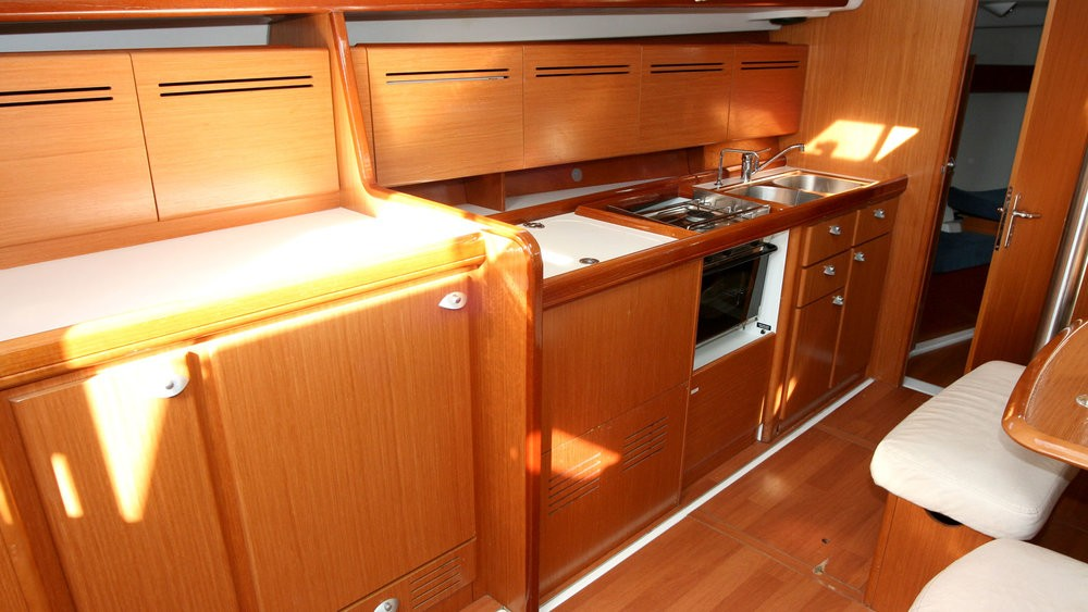 Rental yacht Grad Pula - Bénéteau Cyclades 43.3 on SamBoat