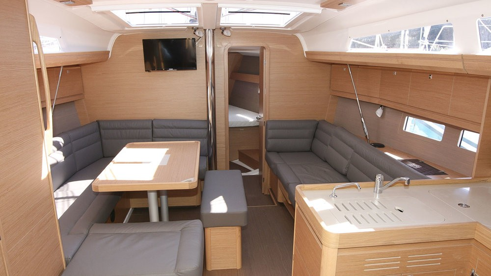 Rental Sailboat in Rogoznica - Dufour Dufour 412 Grand Large