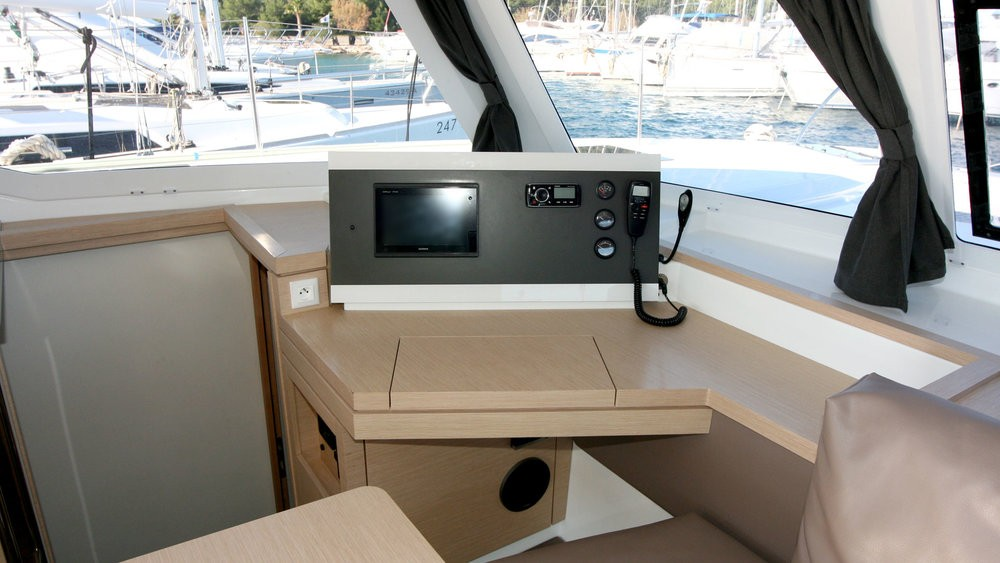 Hire Catamaran with or without skipper Fountaine Pajot Rogoznica