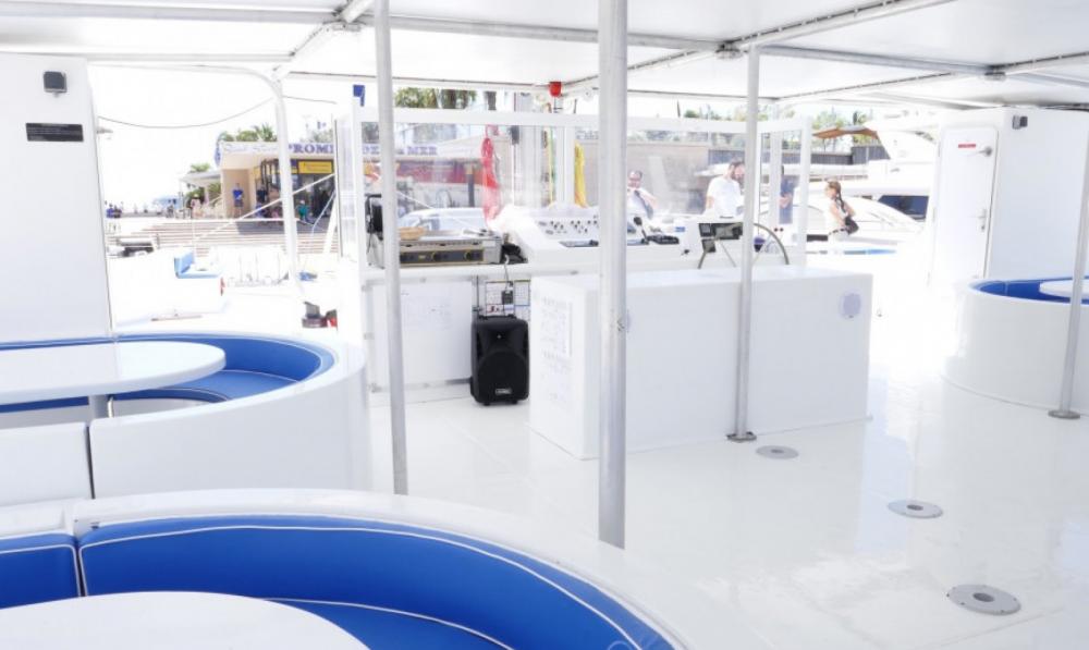 Rental yacht Cannes - Taino DC 65 on SamBoat