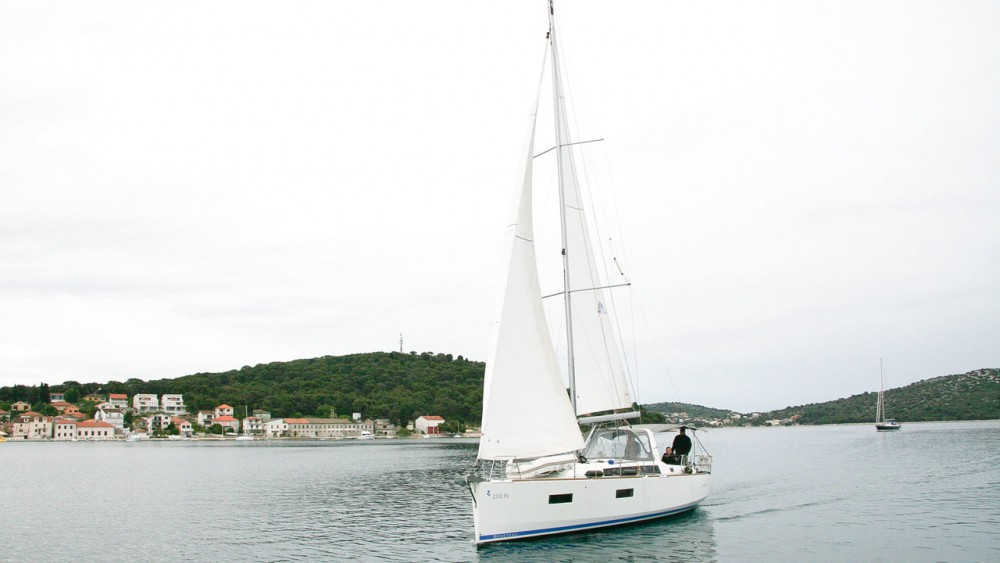 Bénéteau Oceanis 38 between personal and professional Rogoznica
