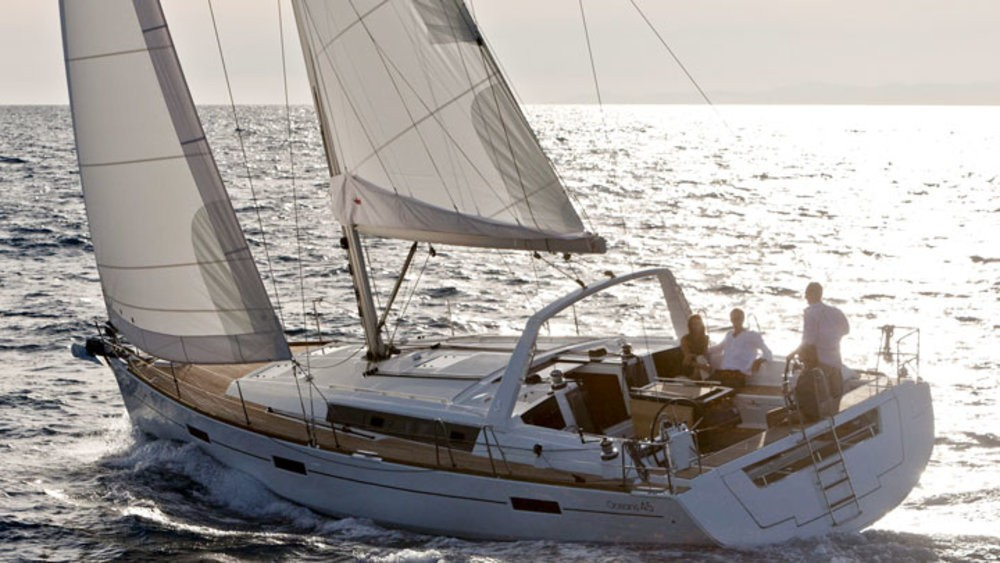 Hire Sailboat with or without skipper Bénéteau Grad Pula