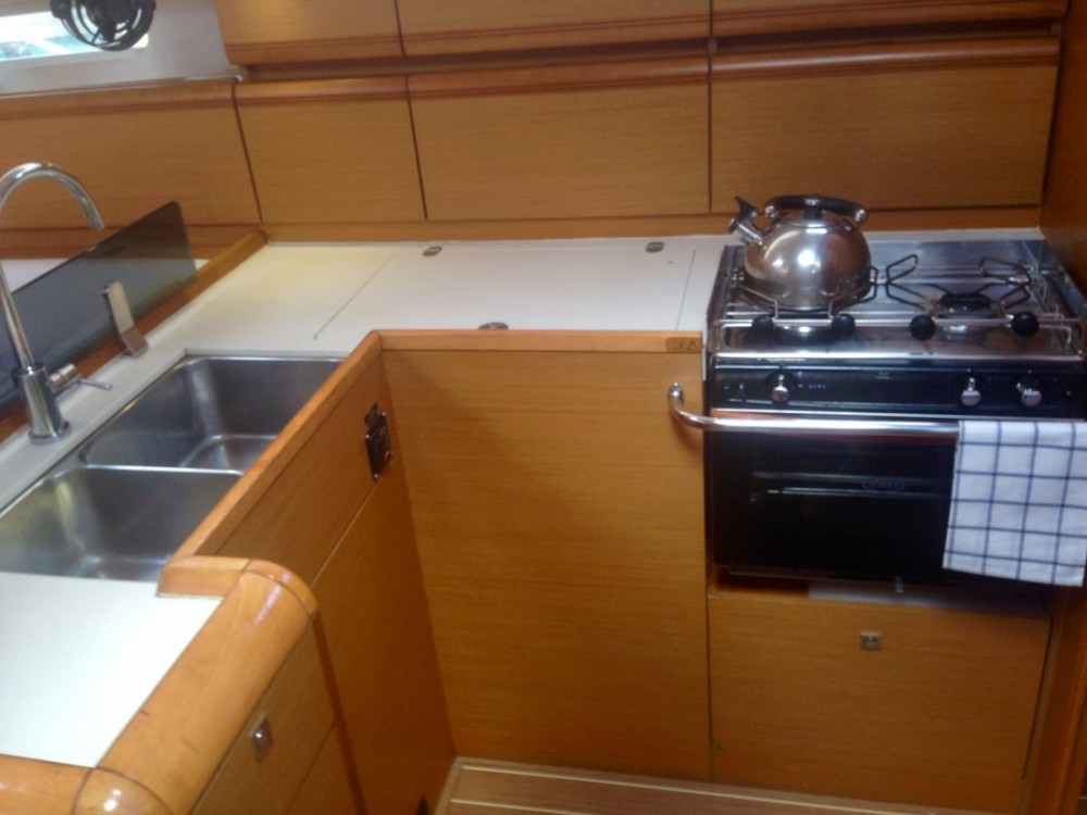 Hire Sailboat with or without skipper Jeanneau Ko Chang Tai