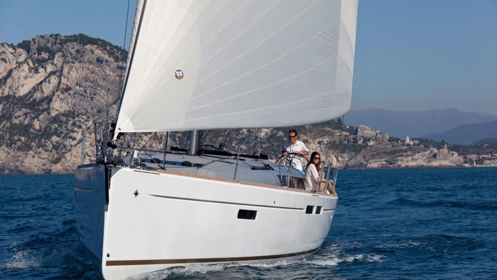 Boat rental Jeanneau Sun Odyssey 479 in Rogosnizza on Samboat