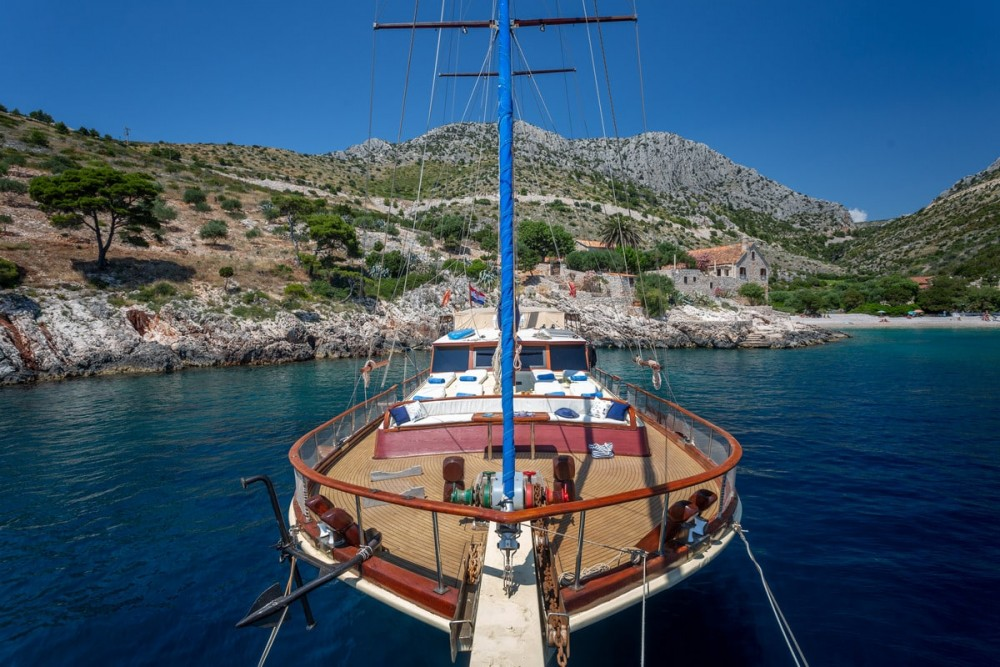 Boat rental Croatia cheap Eleganza
