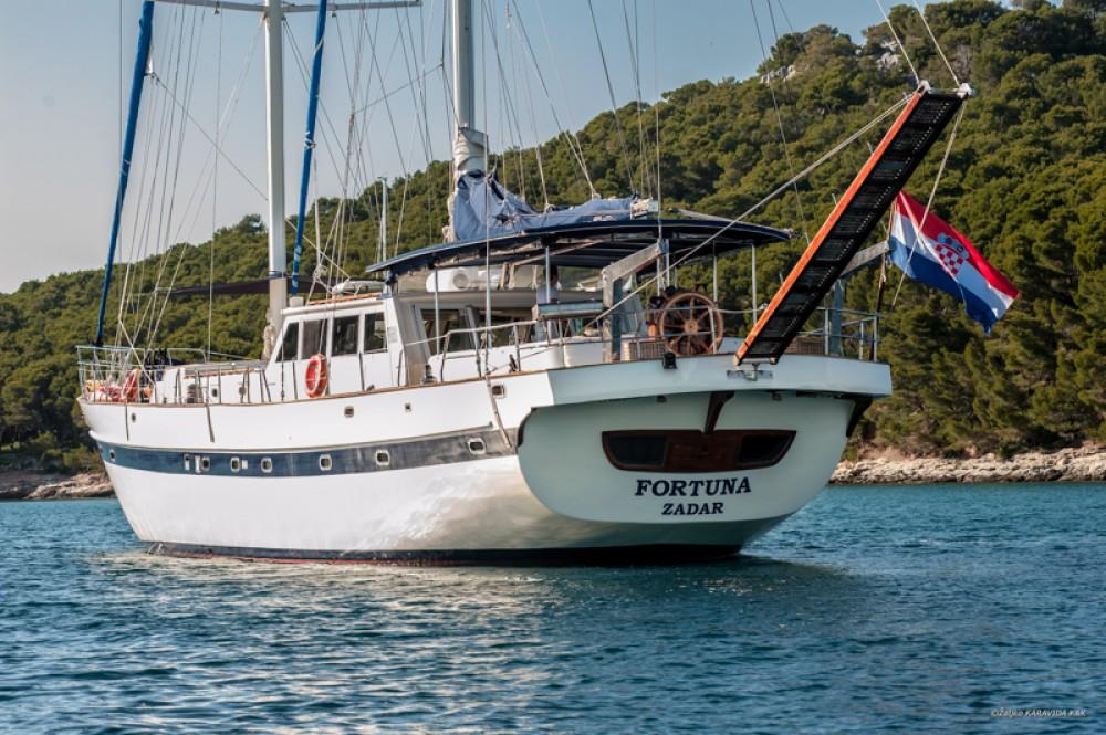 Boat rental  Fortuna  in Croatia on Samboat