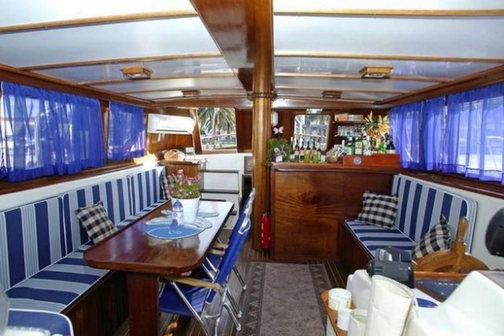 Boat rental  Hera in Croatie on Samboat