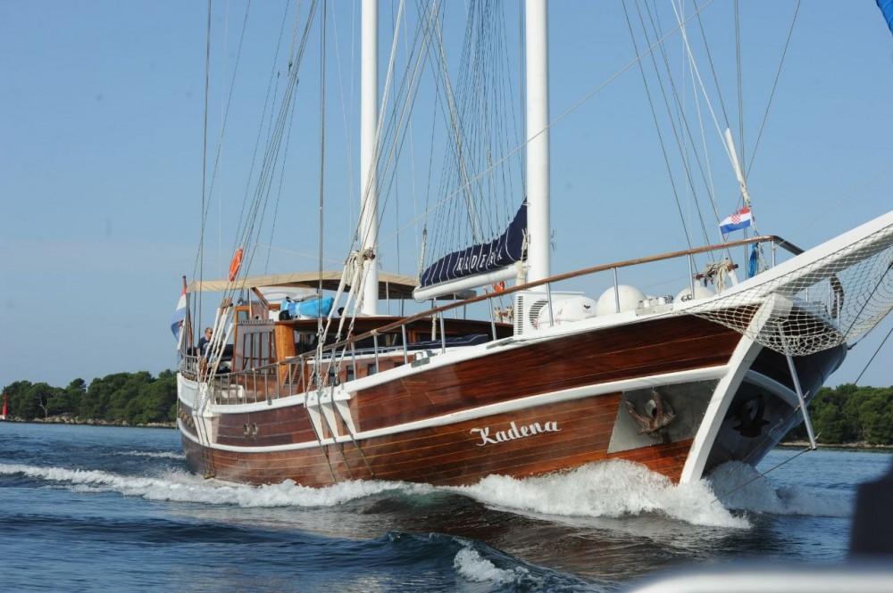 Rental Sailboat in  -  Kadena
