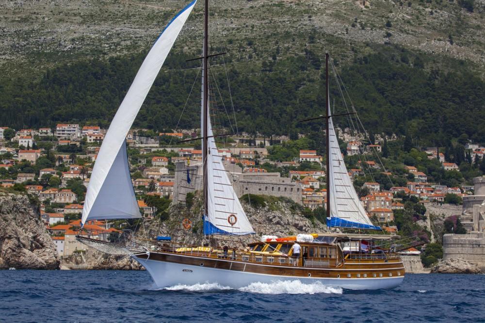 Boat rental  Linda in Croatia on Samboat