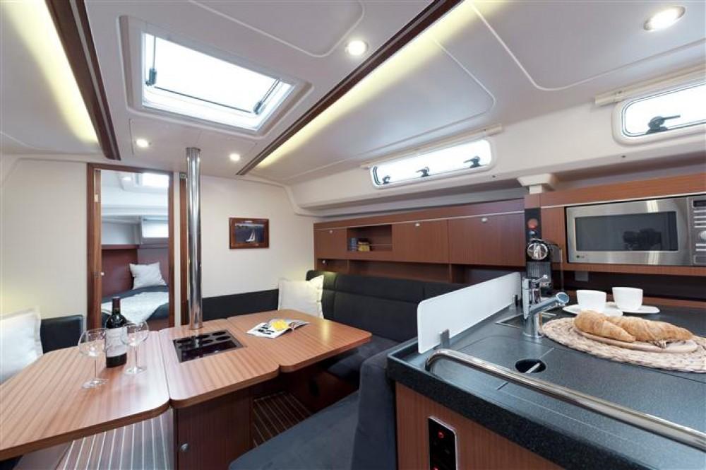 Rental yacht Croatia - Hanse Hanse 385 on SamBoat