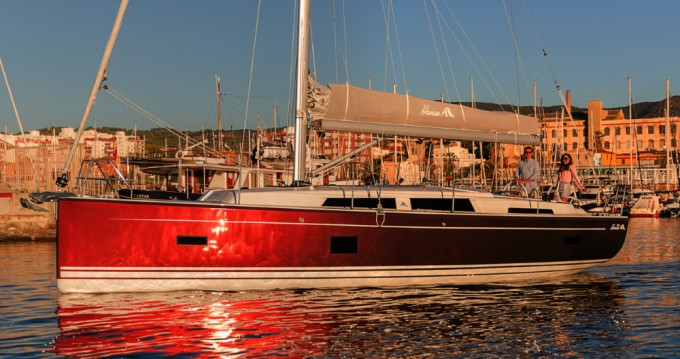 Boat rental Hanse Hanse 388 in Komolac on Samboat