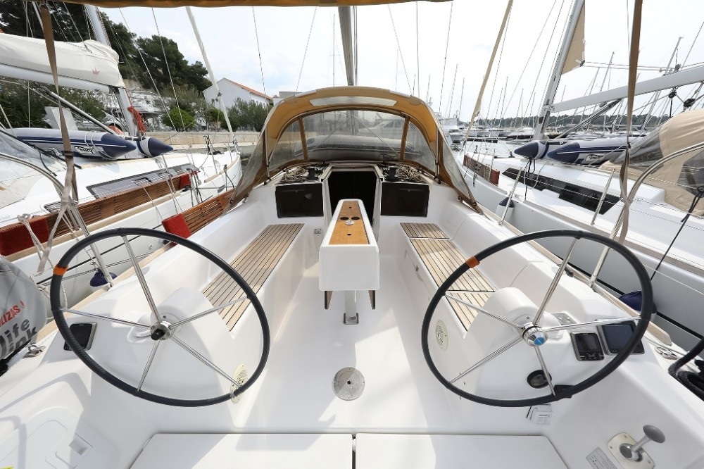 Boat rental Šibenik cheap Dufour 350 Grand Large