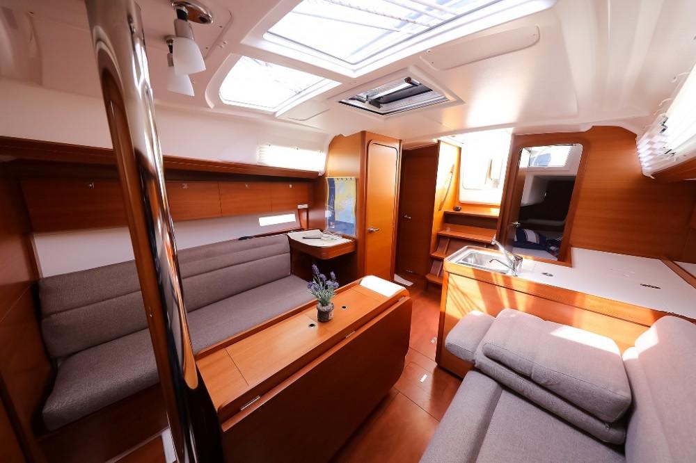 Rental Sailboat in Šibenik - Dufour Dufour 350 Grand Large