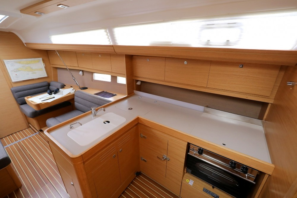 Hire Sailboat with or without skipper Dufour Šibenik