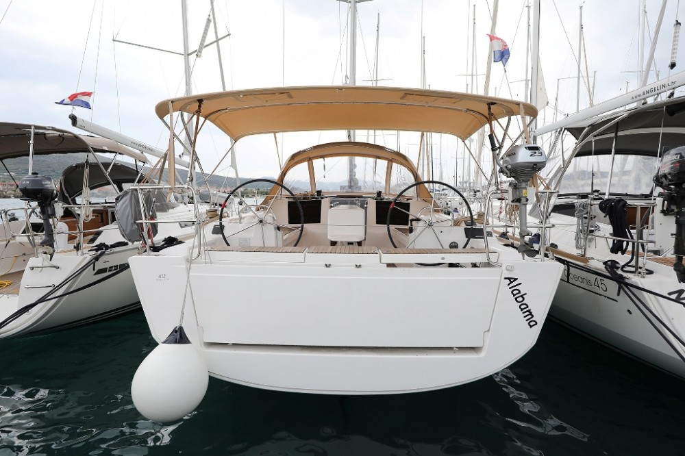 Rental Sailboat in  - Dufour Dufour 412 Grand Large