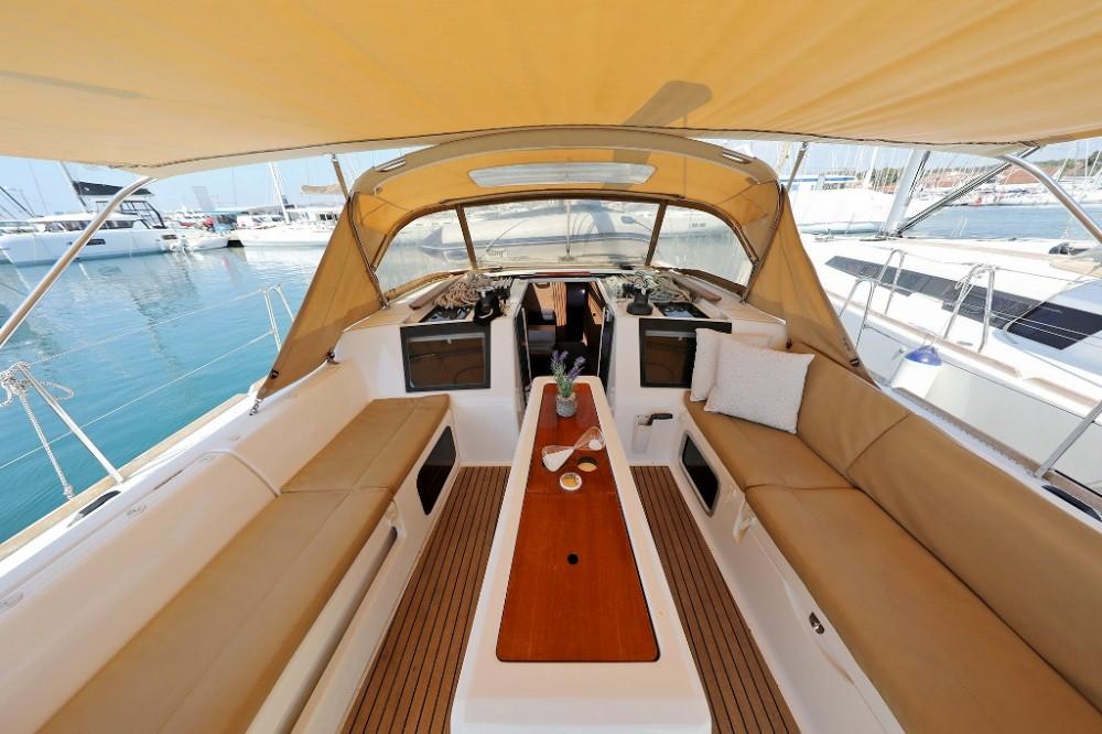 Boat rental Dufour Dufour 460 Grand Large in Croatia on Samboat