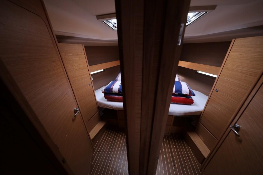 Rental Sailboat in Trogir - Dufour Dufour 460 Grand Large